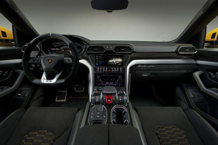 Lamborghini Urus Interior #4