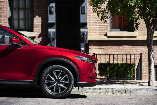 2018 Mazda CX-5 Exterior Front End Side