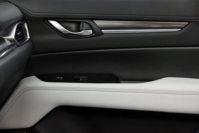 2018 Mazda CX-5 Interior Door