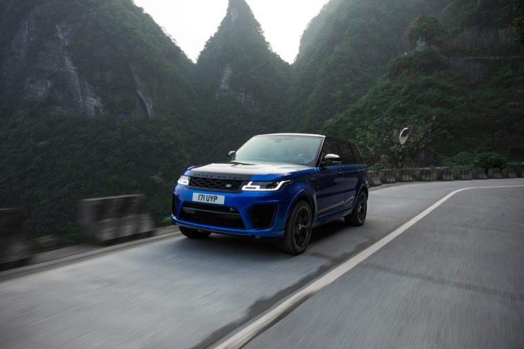 2018 Range Rover Sport SVR - Exterior Front Action
