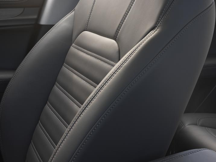 Alfa Romeo Stelvio (Interior-2)