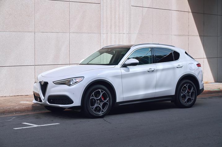 Alfa Romeo Stelvio (exterior-4)