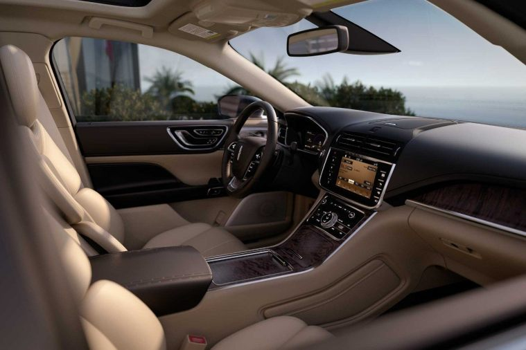 2018 Lincoln Continental - Interior Driver