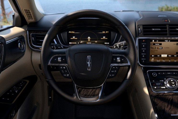2018 Lincoln Continental - interior Driver seat