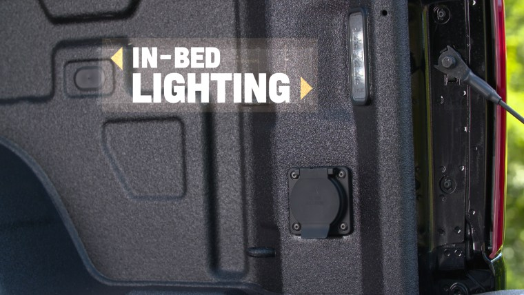 The Durabed is available with integrated in-bed LED lighting. A light at the top of the rear cab comes standard on all Silverado models.