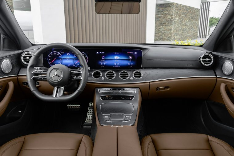 2020 Mercedes-Benz E 450 - Interior Cabin