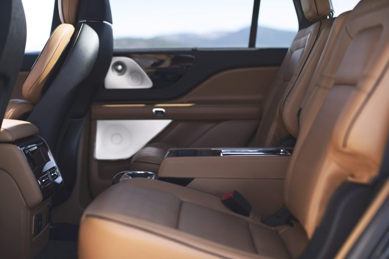 2020-Lincoln-Aviator-Rear-Seats