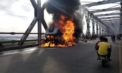 Truck catches fire on River Niger Bridge topnaija.ng