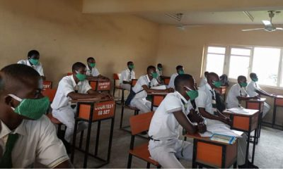 School-students-in-Lagos-secondary students640x360