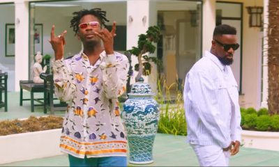 Mr Eazi cries to Sarkodie