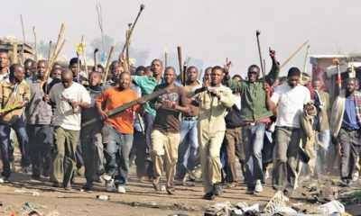 Osun: Angry mob sets car ablaze in Iree-TopNaija.ng