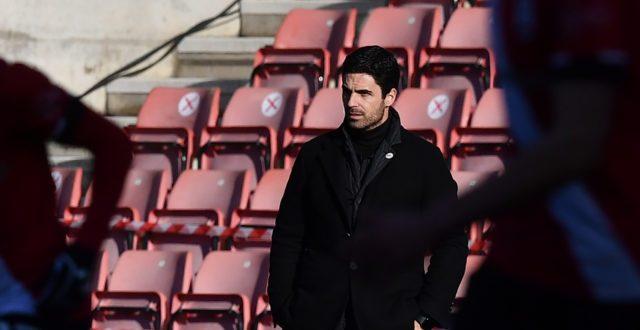 Mark Lawrenson predicts Southampton vs Arsenal