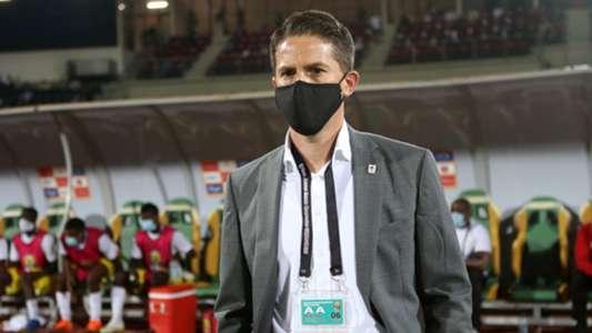 johnathan mckinstry head coach of uganda during the 2021
