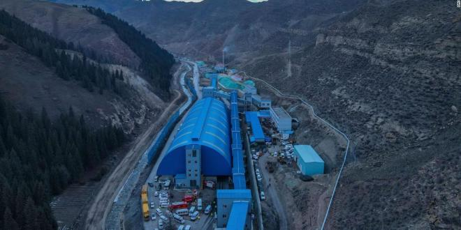 21 Chinese miners trapped by underground flood in Xinjiang coal mine