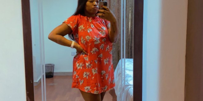 """Wrapper is one of the sexiest house outfits a woman can wear""- Nigerians react as lady reveals what her husband did when she wore wrapper at home"