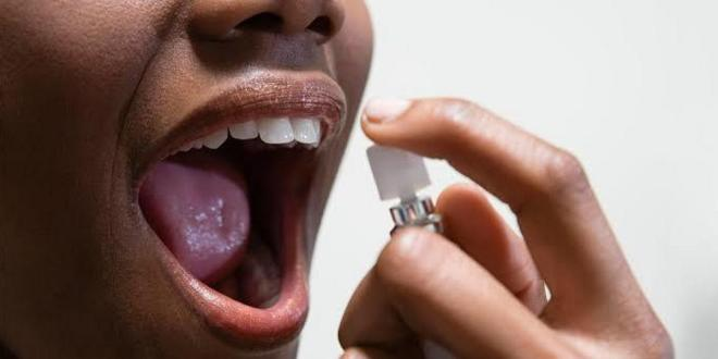 5 natural ways to fight bad mouth odour
