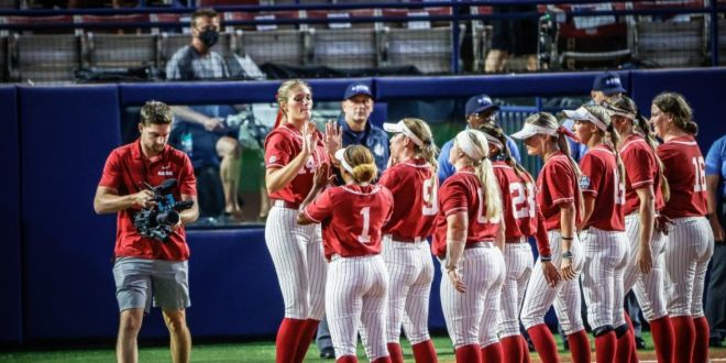 Fouts' perfect game gifts Bama victory