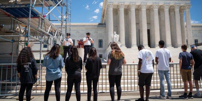 Mississippi asks the Supreme Court to overrule Roe v. Wade.