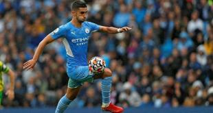Man City's Torres suffers fractured foot