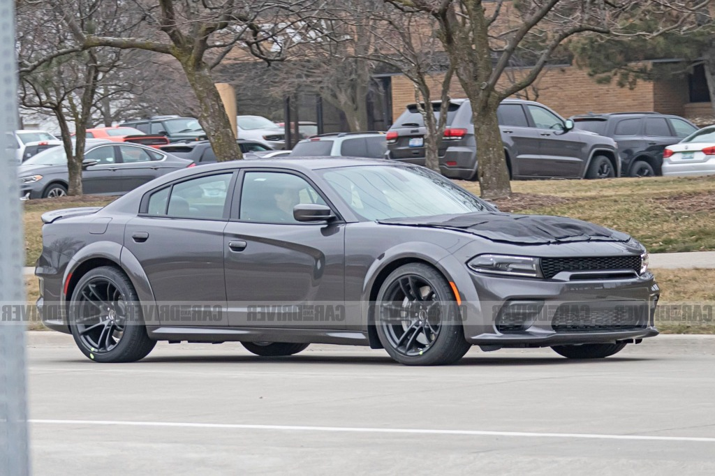 Dodge Charger 2022 Spy Photos