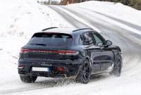 2023 Porsche Macan Pictures