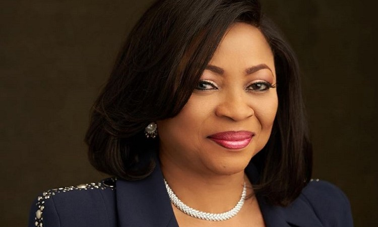 6 Life Lessons Every Woman Can Learn From Nigeria's Richest Woman, Folorunsho Alakija