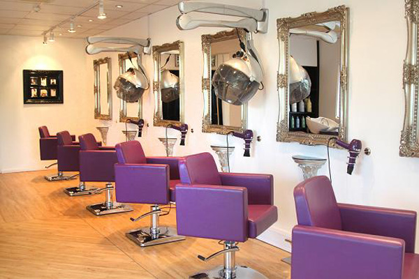 Start A Successful Beauty Salon Business By Following These 6 Steps