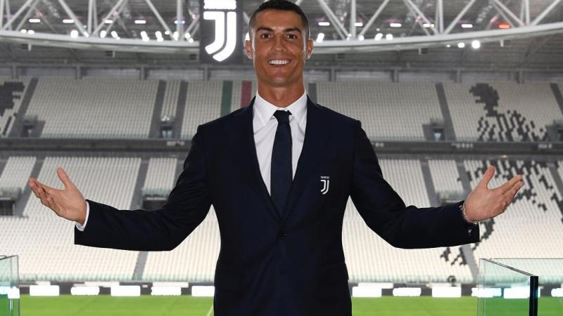 Cristiano Ronaldo Heads Back to Manchester United | Read His Farewell Note