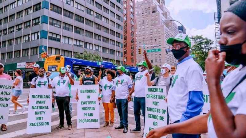 EXPOSED: How Buhari Regime Hired Pro-Government Protesters In New York, Paid Them $50 Per Hour