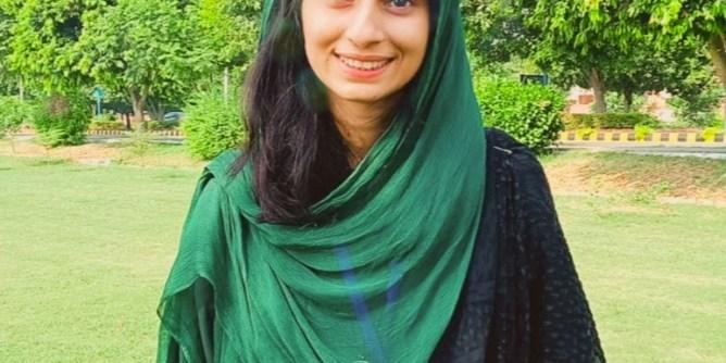 Asma Tariq columnist