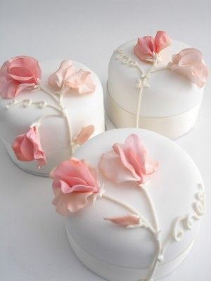 small-wedding-cake-1