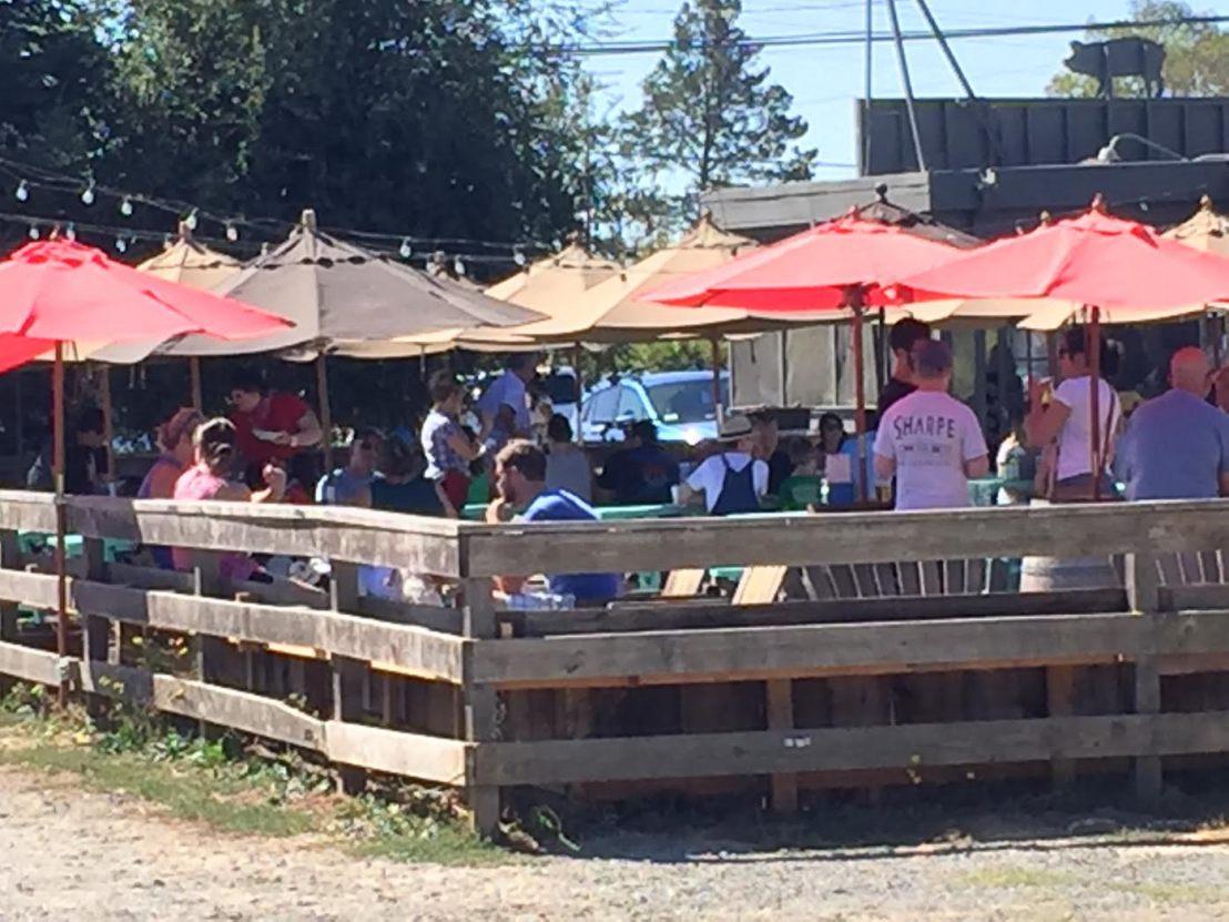 fremont-diner-outdoor-seating