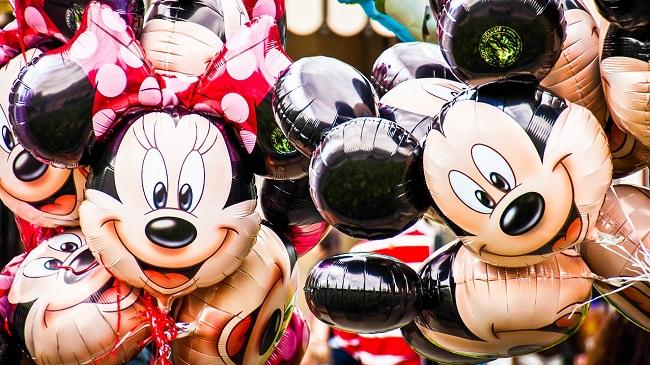 โรงแรม ที่พัก ดิสนีย์แลนด์ ฮ่องกง Hongkong Disneyland 5 ดาว topofhotel toptenhotel application 650 x 365