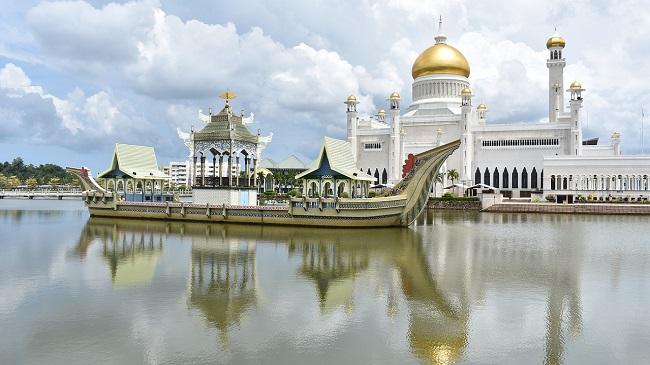 โรงแรม ที่พัก บันดาร์ เสรี เบกาวัน ( Bandar Seri Begawan ) ประเทศบูรไน (Brunei) topofhotel toptenhotel 650 x 365