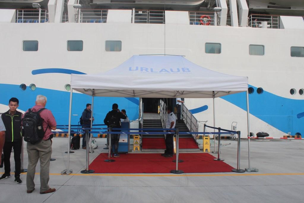 Cruise Landing Tour