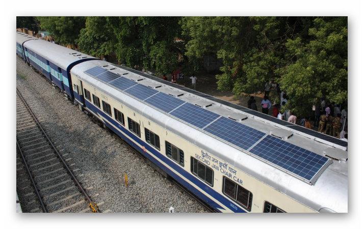 Поезд DEMU, оборудованный солнечными панелями