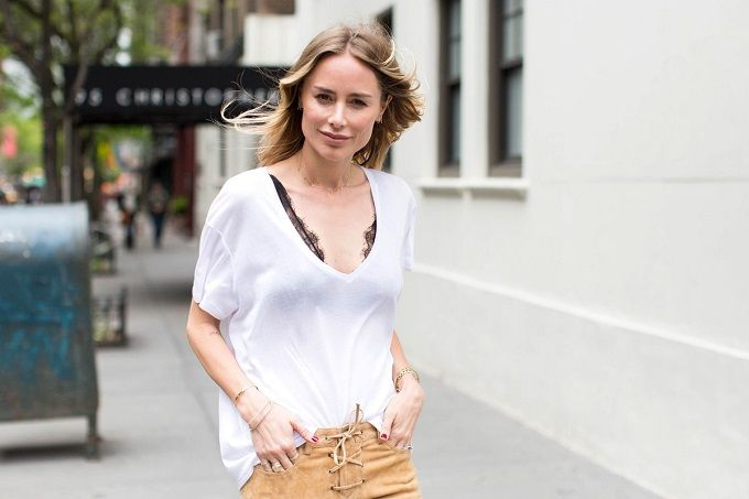how-to-wear-a-bralette-the-grown-up-way