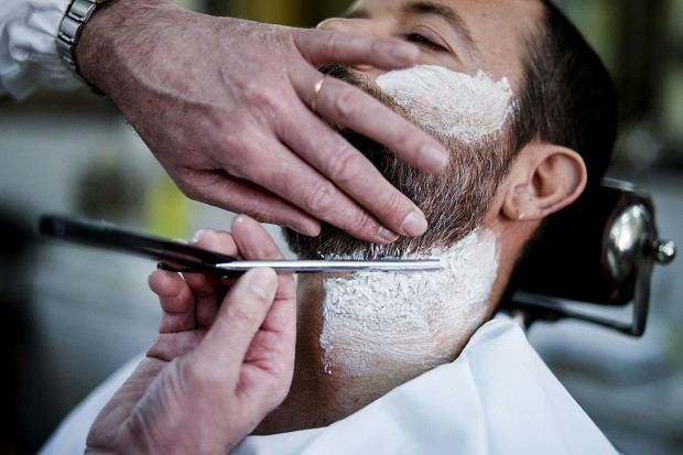 how-to-shave-with-a-straight-razor