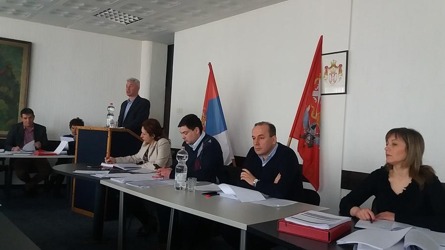 """Одборници у петак разматрају извештај о раду Дома здравља и ЈКСП """"Топола"""""""
