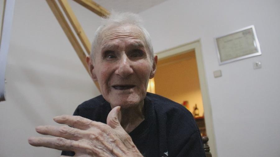 Најстарији пинтор у Тополи: Деда Милинко открива рецепт за дуговечност