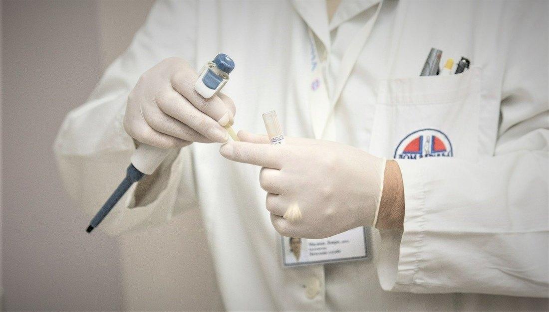 Вратило се 120 медицинских радника у Србију, 300 се још пријавило да помогну
