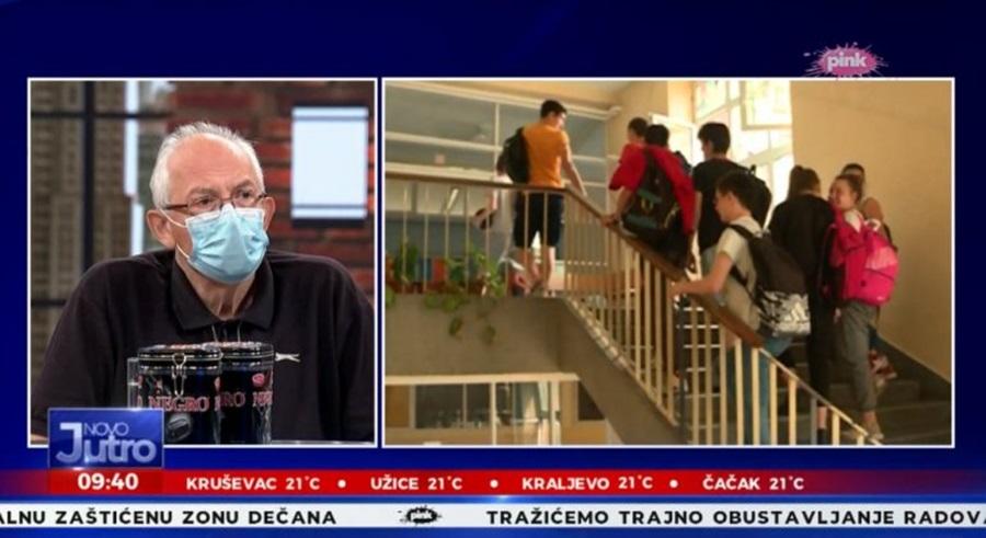Ђаци од септембра неће моћи да носе било коју маску у школу: Епидемиолог Предраг Кон открио какве ће се маске носити