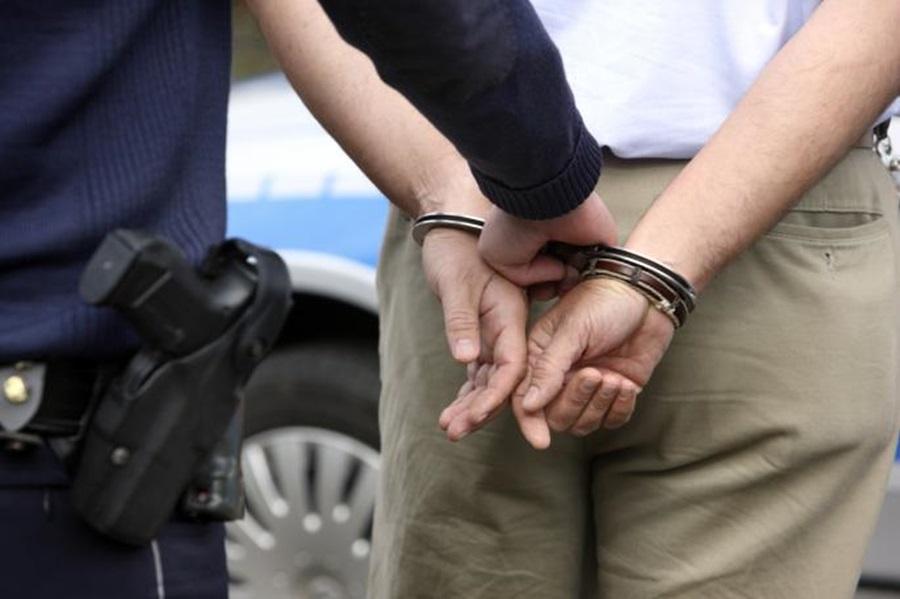 Ухапшен полицајац из Крагујевца приликом примопредаје 100.000 таблета ксалола