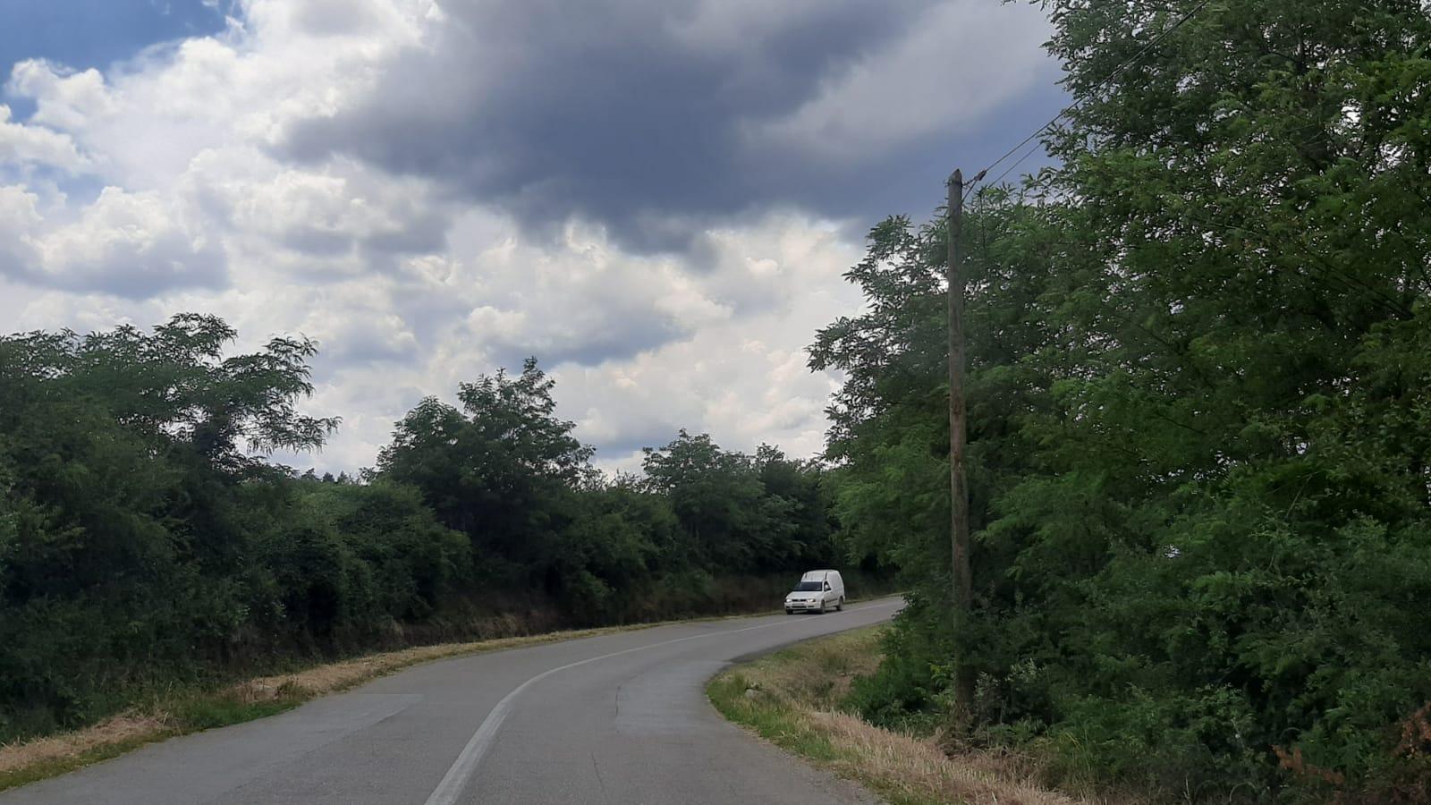 Слаба и умерена киша у неким деловима Србије, поподне више возила на путевима
