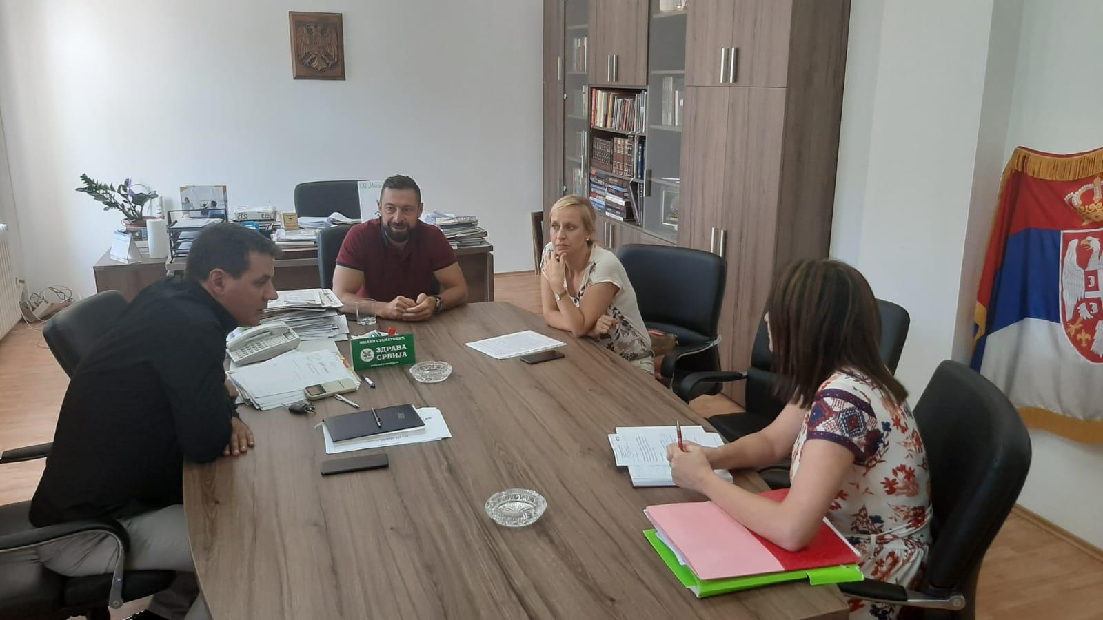 Топола у сарадњи са развојним бизнис центром из Крагујевца реализује неколико пројеката (ВИДЕО)