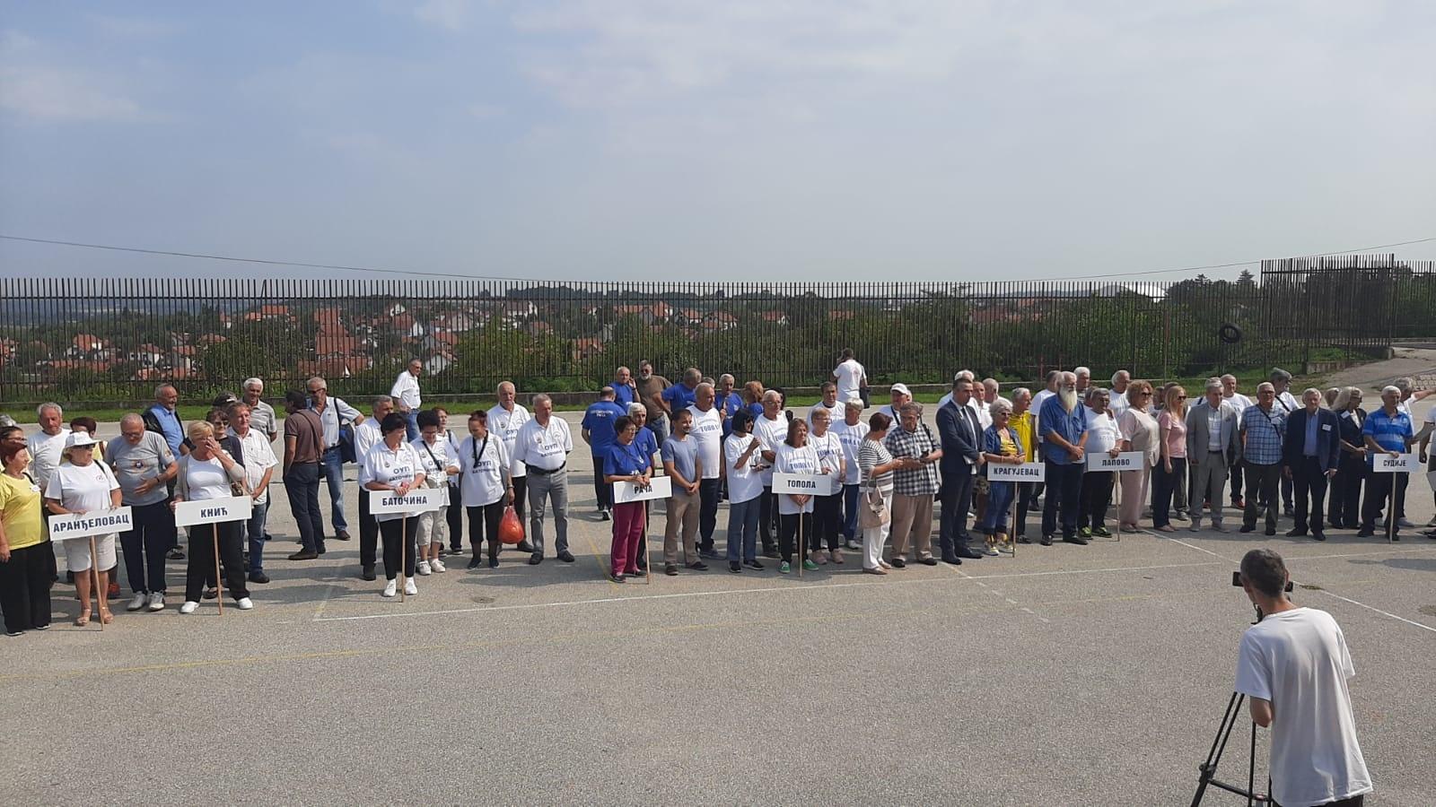 У Тополи одржани културно – спортски сусрети пензионера Шумадије, учествовало око 80 такмичара (ВИДЕО)