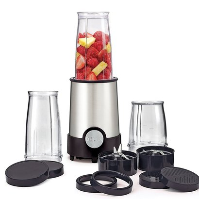bella 12-piece personal size rocket blender with three blending cups, four lids, two comfort lip rings, and two blades