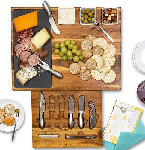 Real Life Living Gift Ready Acacia Cheese Board Set