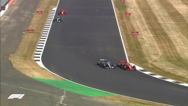 Vettel passa Bottas