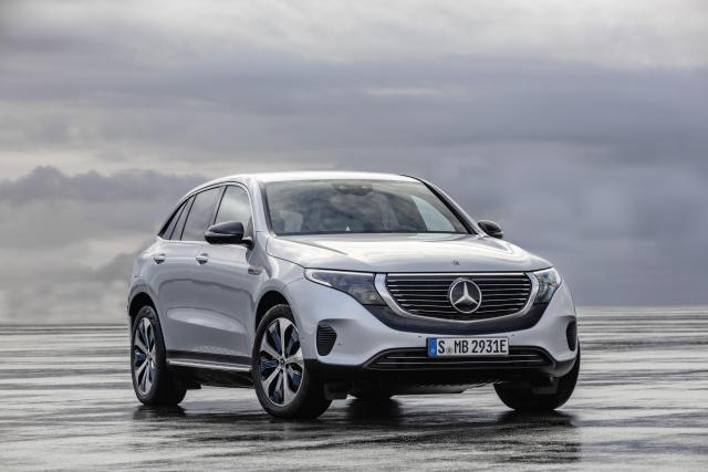 Mercedes ECQ esterni